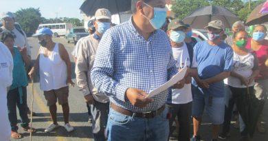 Campesinos bloquean la Carretera Tuxpan – Tampico